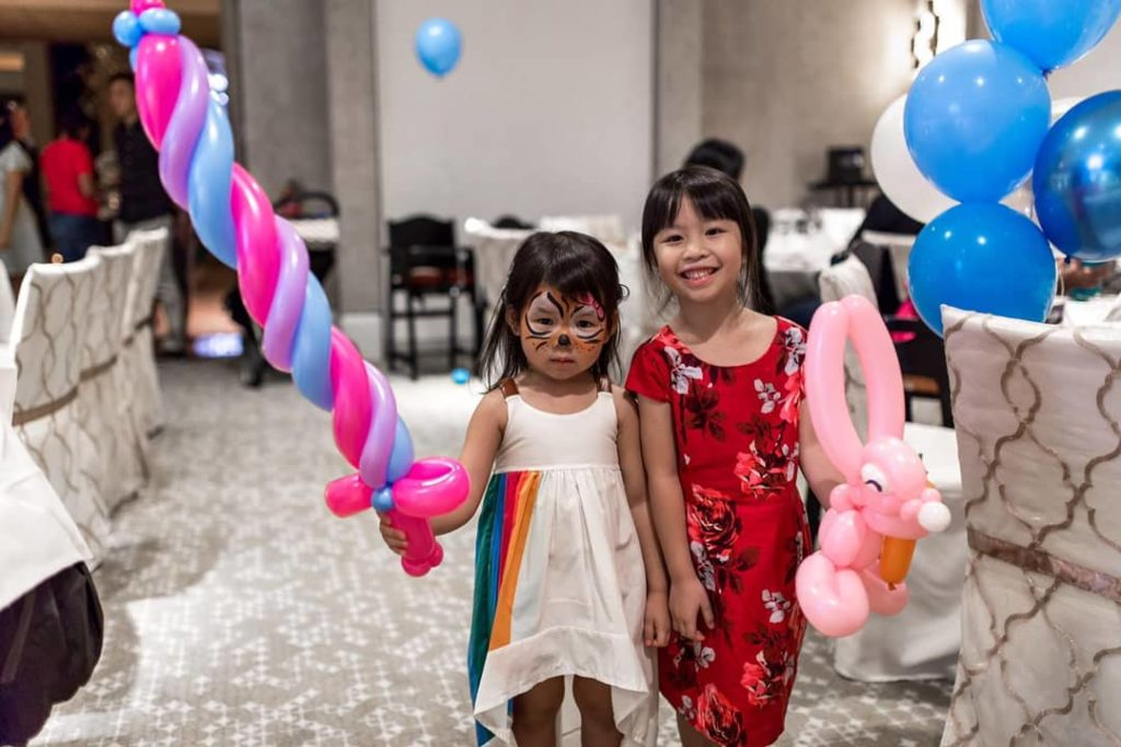Balloon Twisting for Party Singapore