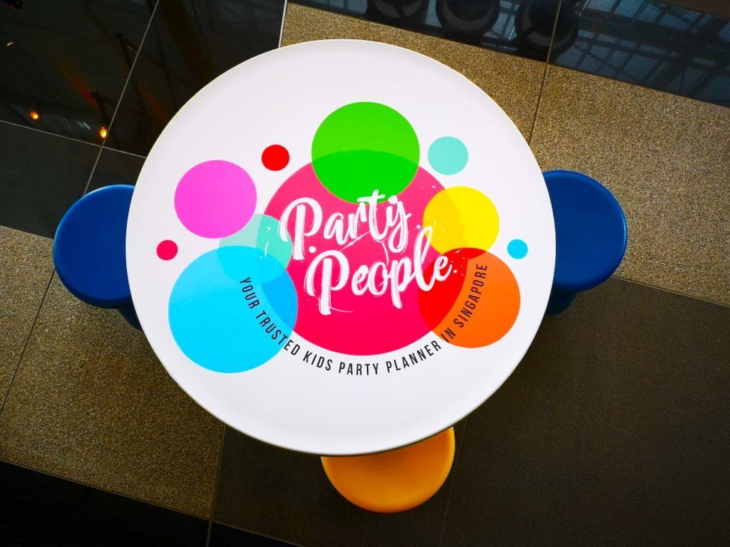 Party people Kids Table Rental