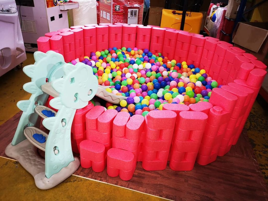 Small Lego Ball Pit with Slide Rental