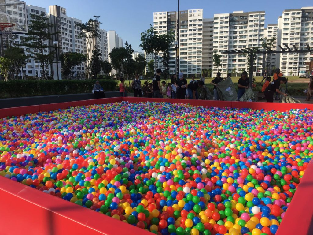 Red Giant Ball Pit Rental Singapore