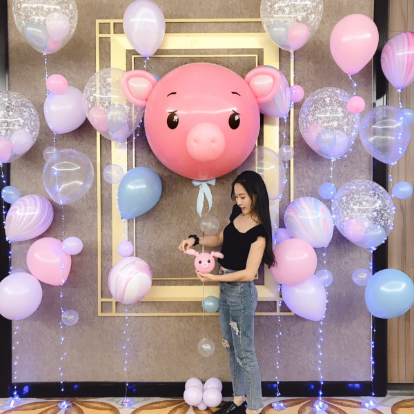 Pig Big Floating Balloon Sculpture