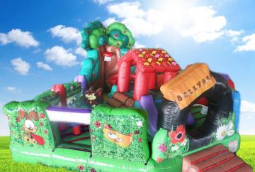 Backyard Fun Bouncing Castle