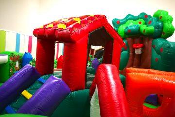 Backyard Fun Bouncing Catle