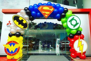 Balloon Superhero Arch Decoration