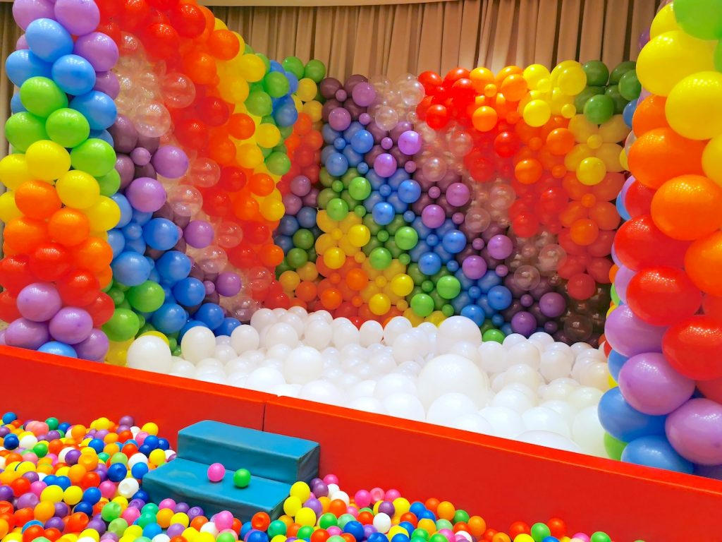 Rainbow Balloon Pit
