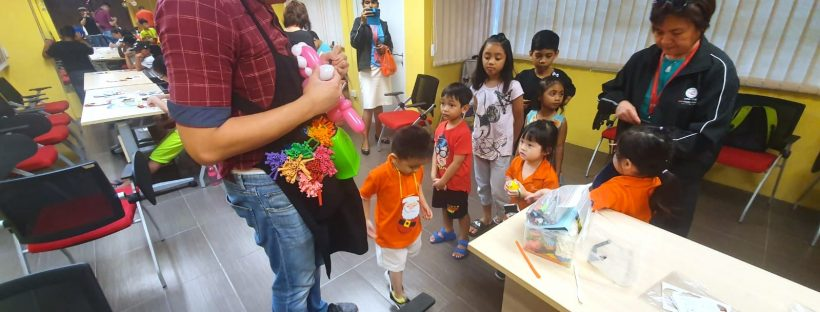 balloon artist for hire singapore