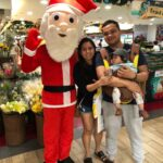 Roving santa claus for shopping malls