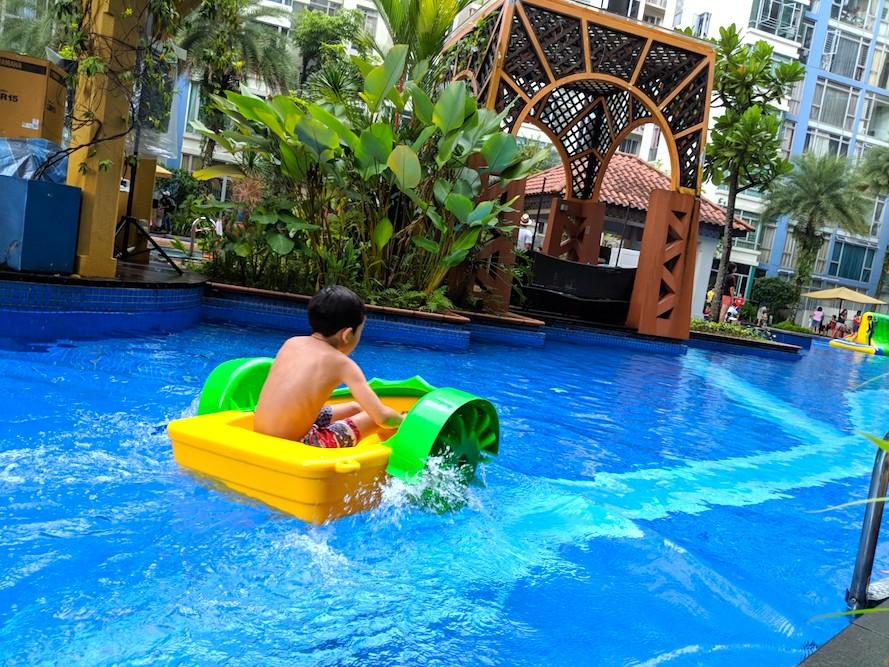 Kiddy Paddle Boat Ride Rental