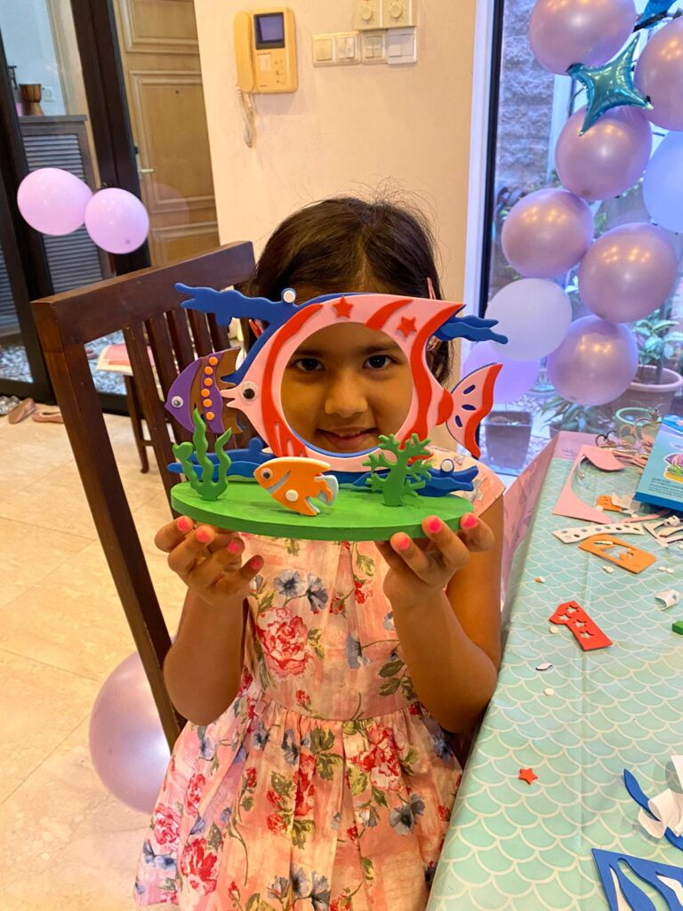 Photo Frame Art and Craft for Kids Party