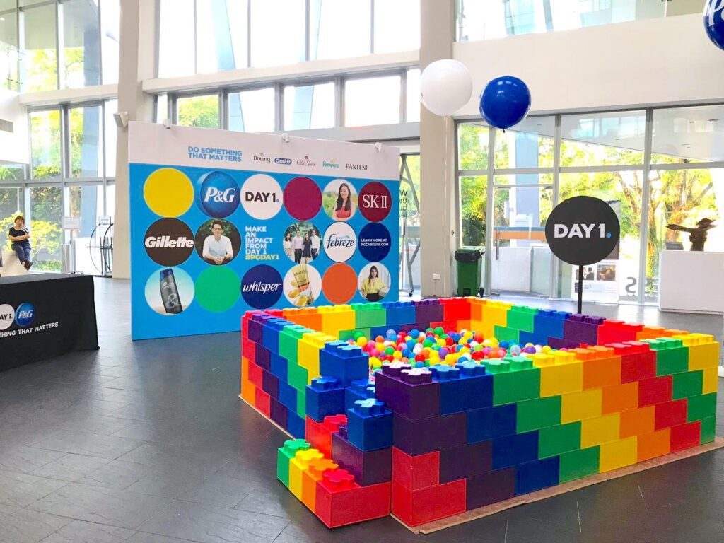 Rainbow Ball Pit for Event